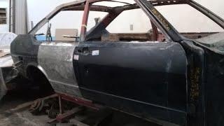 VW Passat LS Esquele 1978 video 12 - montando a porta e lateral lado passageiro