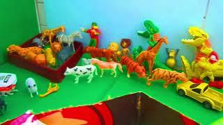 cavalo de brinquedo que se movimenta movido a pilha