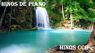 Hinos de Louvores a Deus tocado em Piano