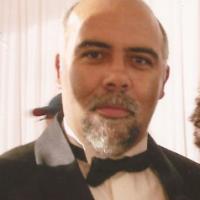 Carlos  Machado